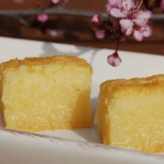 Butter Mochi - Japanese Sweet Chewy Dessert.