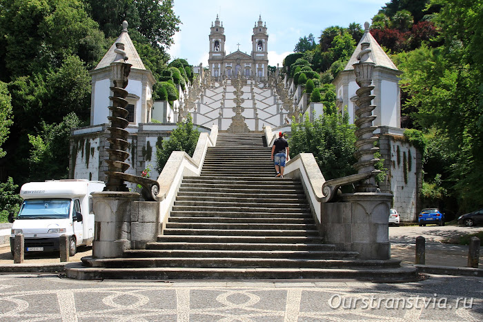 Лестница в Бон-Жезуш-ду-Монти, Португалия