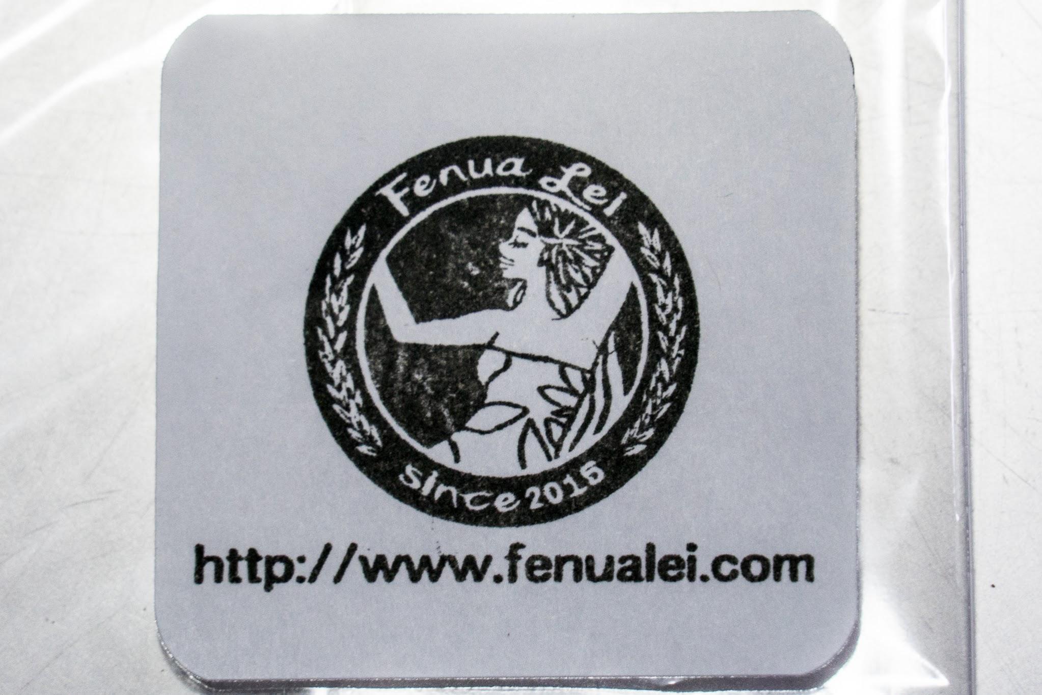 マイティー・スーのオリジナルの FenuaLei(株)社のロゴ