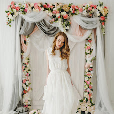 Wedding photographer Svetlana Malysheva (SvetLaY). Photo of 15.03.2016