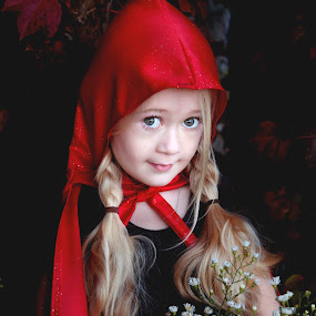 Little Red Riding Hood by Aimee Hultzapple - Babies & Children Child Portraits ( red, children, halloween )