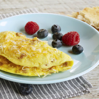 1-Minute Sausage and Cheese Omelette