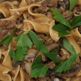 Here's An Quick And Easy Dinner Recipe For A One-Pot Beef Stroganoff.