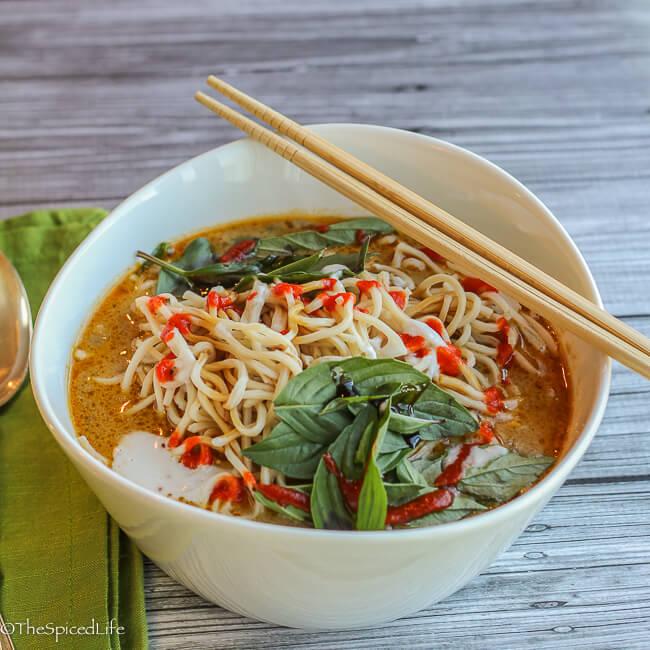 Thai Curried Ramen Bowl with Ground Beef, Beech Mushrooms and Veggies Recipe
