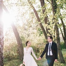 Wedding photographer Sergey Petkoglo (clicklovemd). Photo of 02.05.2017