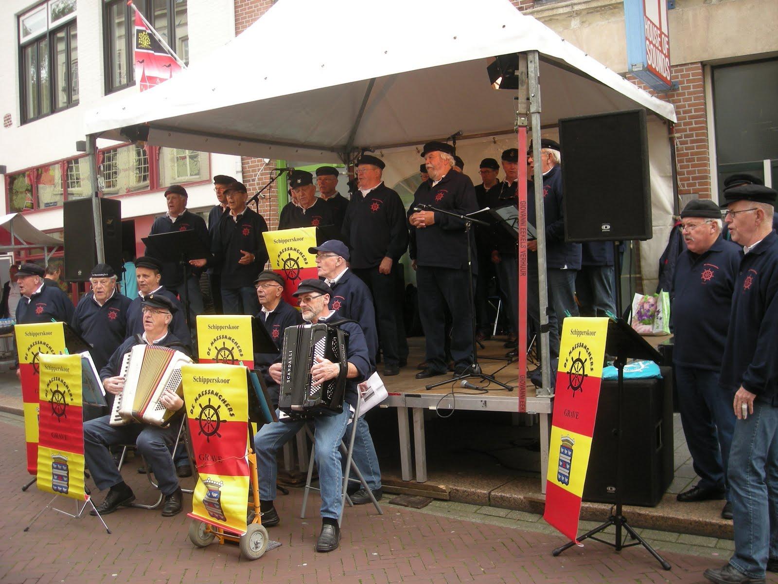 Photo: 1e optreden, podium 3  Orthenstraat