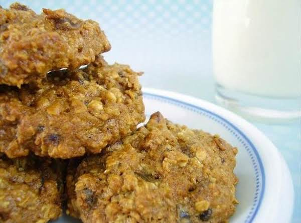 Thick, Moist Good For You Cookie's. Oatmeal, Dates & Pecans, This Recipe Can Also Be Made With Walnuts.