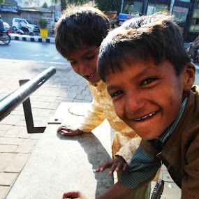 by Preyan Mehta - People Street & Candids