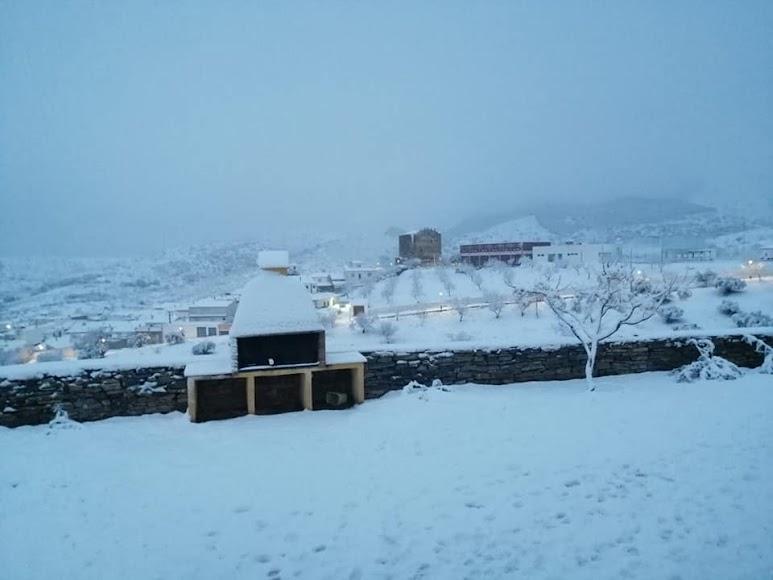 Bellísima estampa de Tahal nevada.