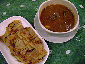 Photo: massamun beef tongue curry with roti fried bread (gkaeng massaman lin wua lae roh-dtee)
