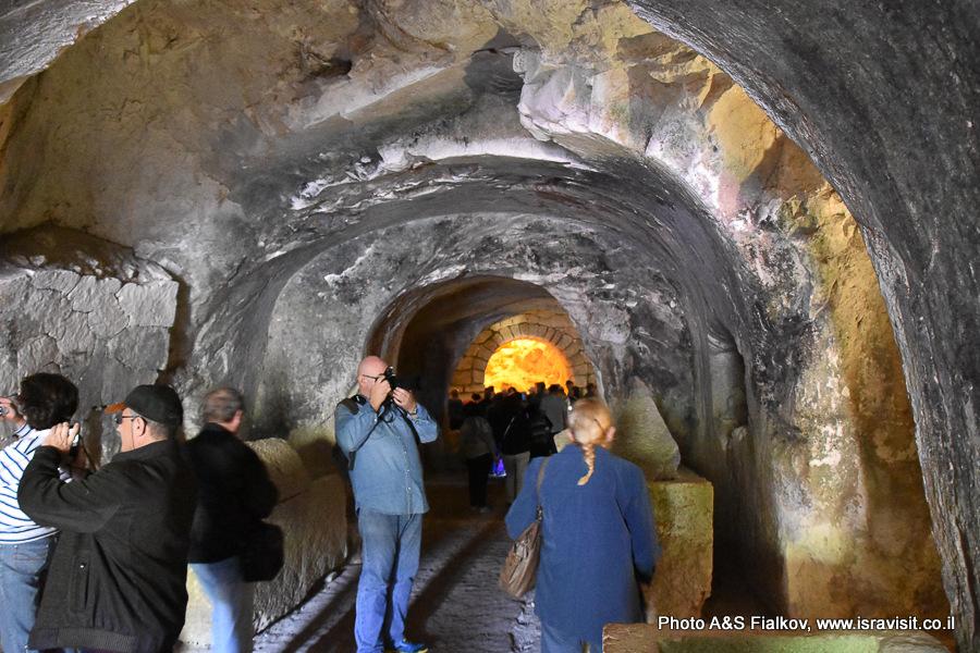 Пещера саркофагов в национальном парке Бейт Шеарим. Экскурсия гида по Израилю Светланы Фиалковой.