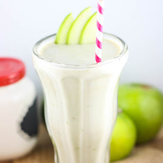 Apple Pie Milkshakes