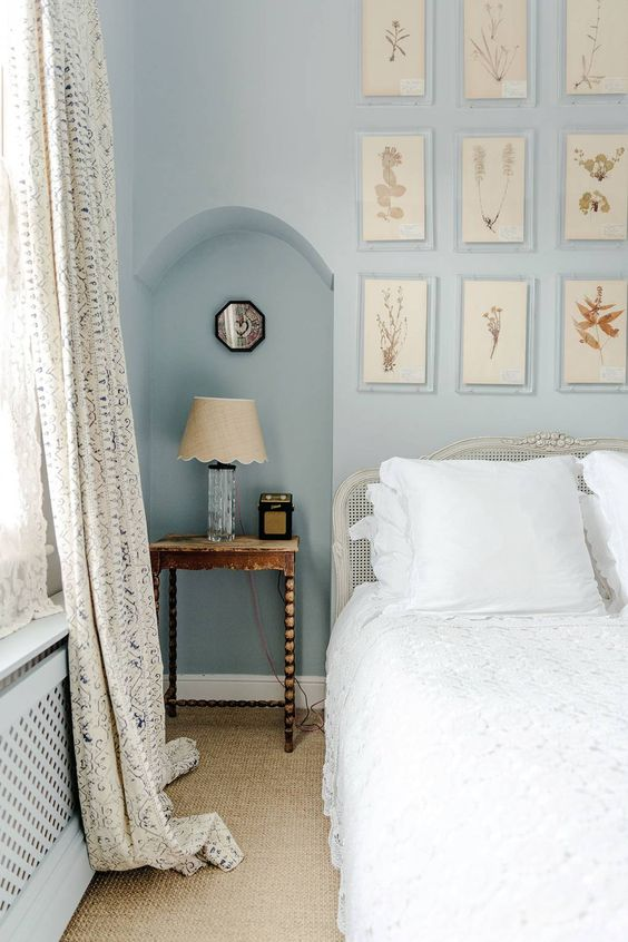 Decorate Your Bedside Table with Old Items