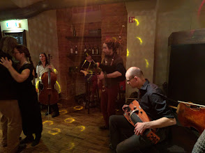 Photo: Session in a side room at the main New Year's Eve bal, where I had some of my favourite dances. I even enjoyed the bagpipes.