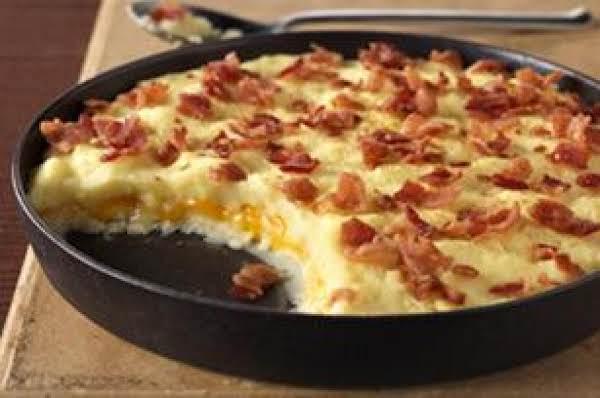 Cheddar-mashed Potato-bacon Casserole