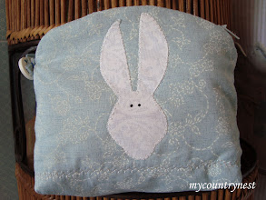 Photo: pochette tilda con coniglietto