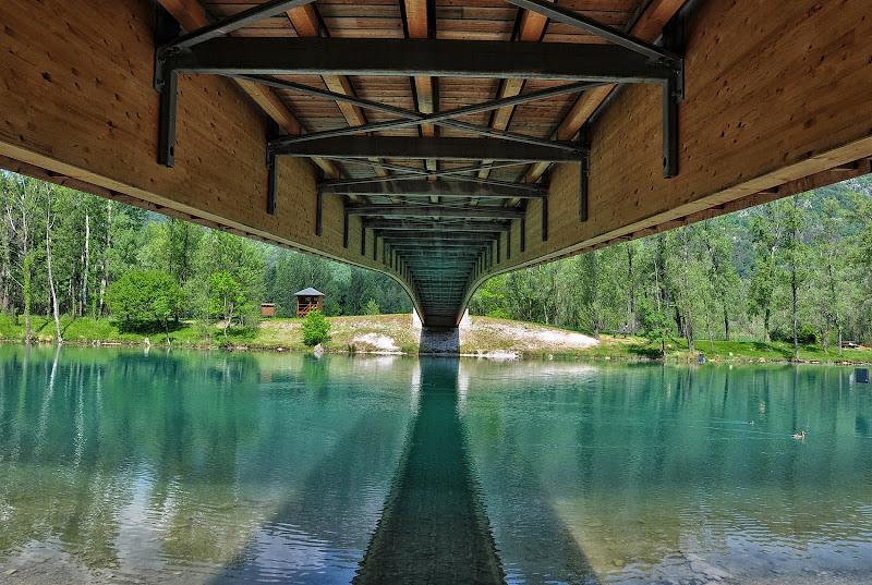 Fuga sotto il ponte di mcris