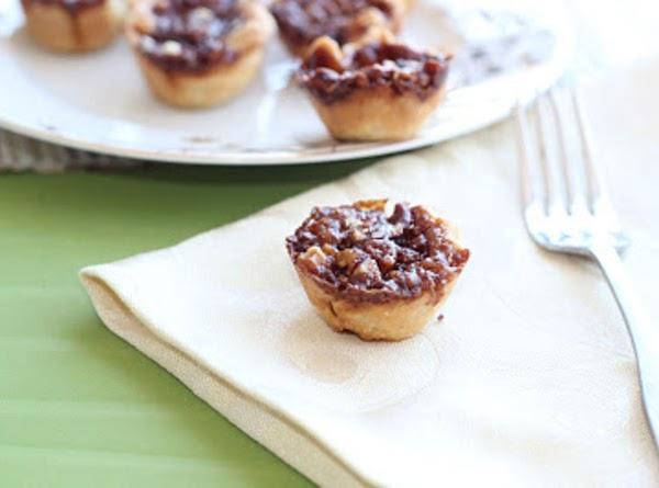 Chocolate Bourbon Pecan Tarts Recipe