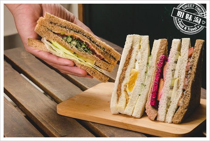 嚇一跳早餐店蔬菜三明治