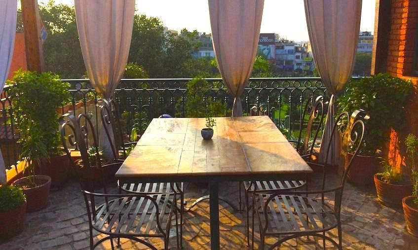 Romantic rooftop restaurants in delhi