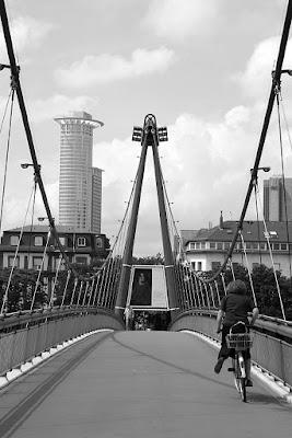Frankfurt by bike di Andr3a_77