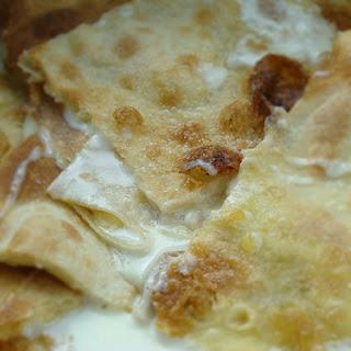 Cheese focaccia – Focaccia al formaggio di Recco.