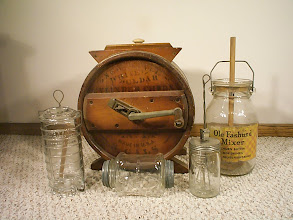 Photo: Old Fashion, Wood Cylinder, Bordens, Double Lid Hand Shaker