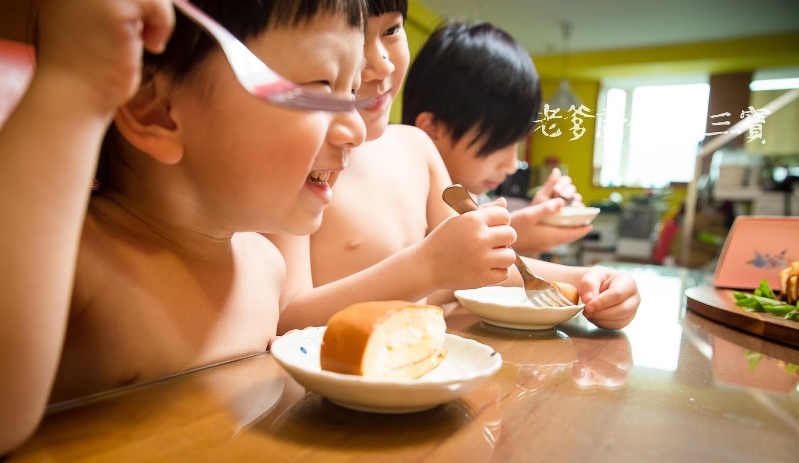 排排坐好!快快嚐嚐這17520小時的經典生乳捲...悅樂烘焙|經典原味生乳捲+伯爵紅茶生乳捲