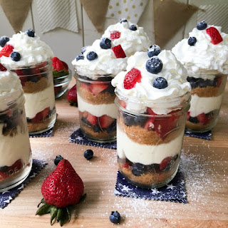 Mason Jar No Bake Berry Cheesecake Trifle.