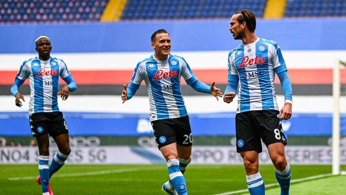 SSC Napoli luôn rất đáng sợ trên sân nhà