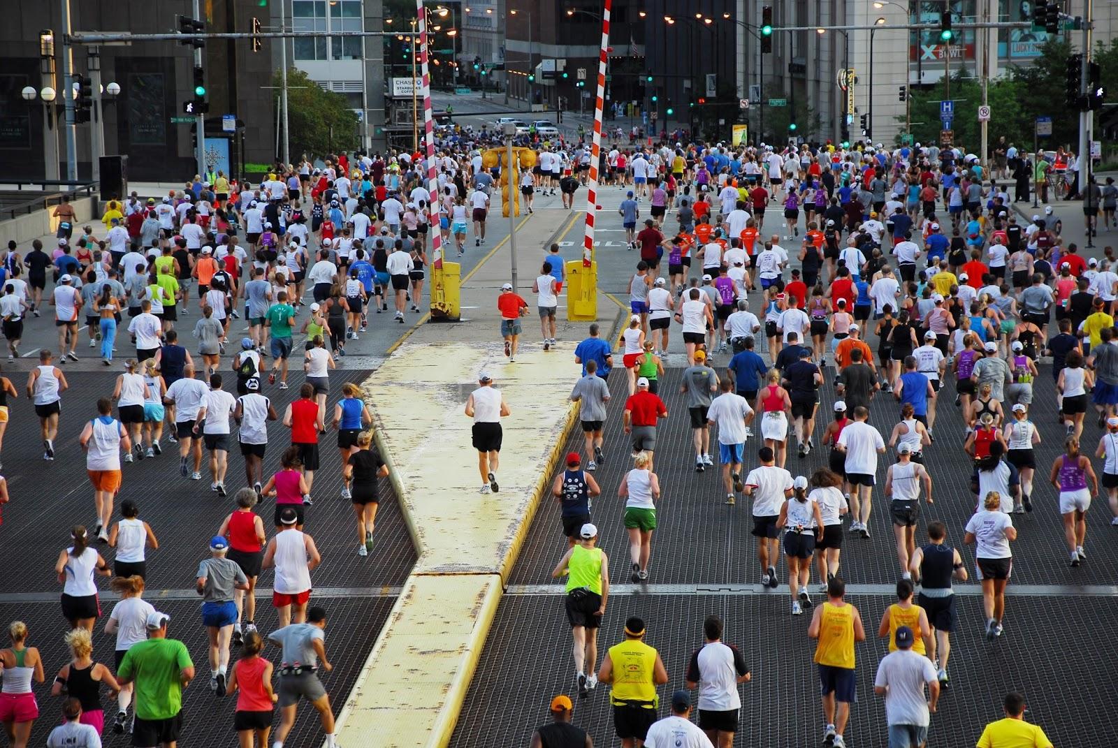 推薦女參賽者們報名芝加哥海外馬拉松,兼到芝加哥旅遊!