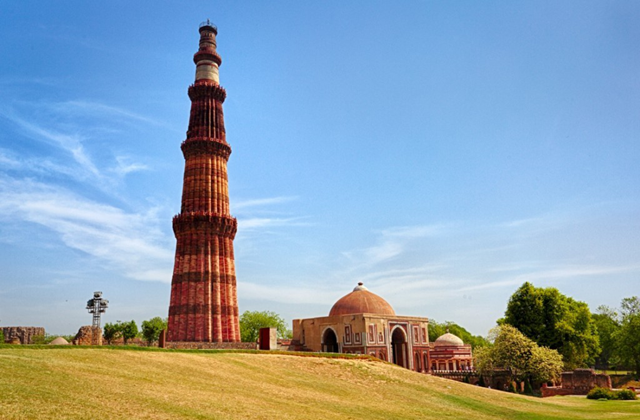 best-historical-places-delhi-qutub-minar_image