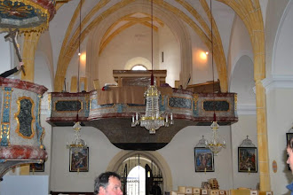 Photo: Ogrodje s sapnicama že stoji - Das Gerüst mit den beiden Windladen ist bereits aufgestellt - The framework with both wind chests is positioned
