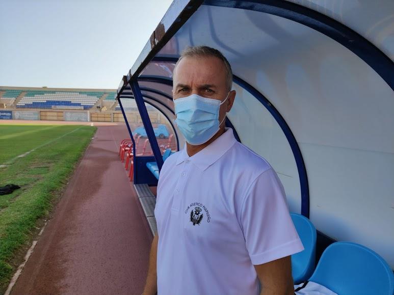 Sebas López, entrenador del Pulpileño.