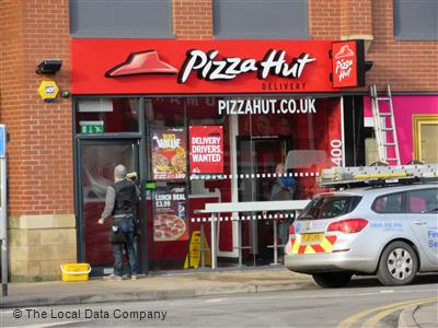 Pizza Hut Delivery On Waters Green Pizza Takeaway In Town
