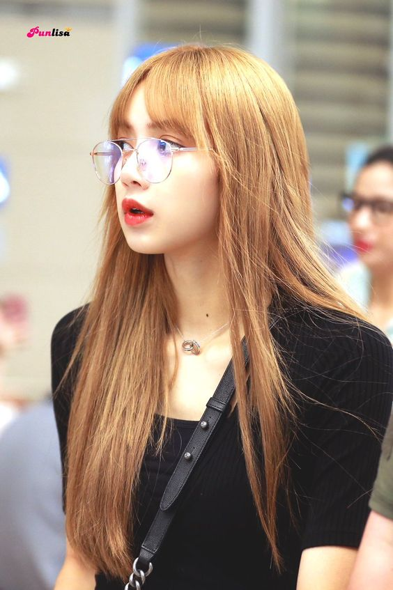 lisa glasses 7