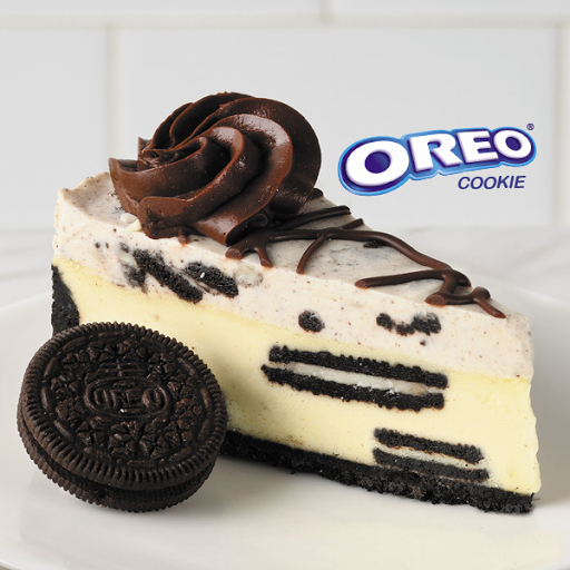 Oreo Cookies and Cream Cheesecake