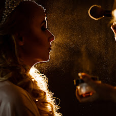 Wedding photographer Dmitriy Shumeev (wedmoment). Photo of 22.02.2018