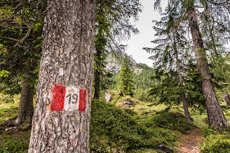 Photo: Alpini trail marker on Trail 19 in Valle di Braies, Dolomiti, Italy | http://blog.kait.us/2014/06/hiking-dolomites.html