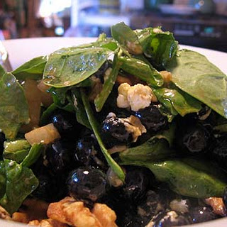 Blueberry-Goat Cheese Spinach Salad