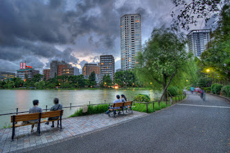 Photo: A calm evening along the boat pond in Ueno Park