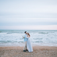 Wedding photographer Yuliya Bazhenova (juliamiss). Photo of 15.08.2016