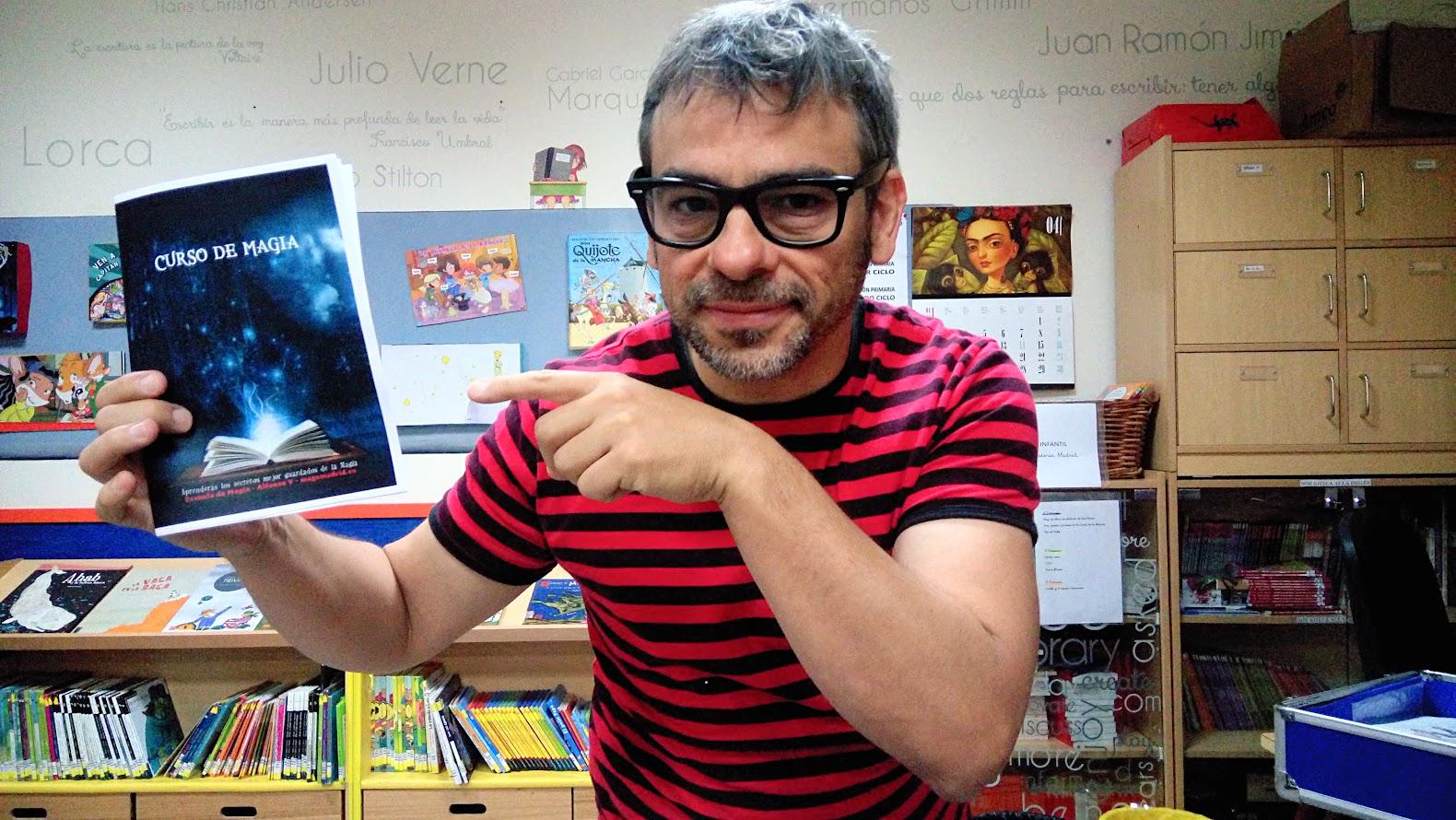 Taller de animación a la lectura con magia en la Biblioteca del colegio