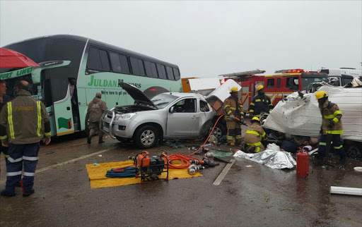 It is alleged that a bakkie lost control and collided with a fully loaded minibus taxi.