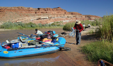 Photo: Rigging to leave, next stop - Mexican Hat.