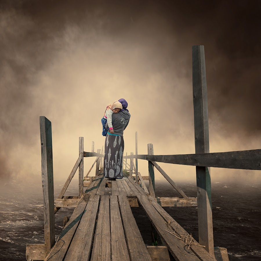 The fisherman wife by Caras Ionut - Digital Art People ( water, clouds, wood, mystery, tutorial, ocean, sleeping, manipulation, smoke, child, psd, fog, wife, woman, ponton, fisherman, mist )