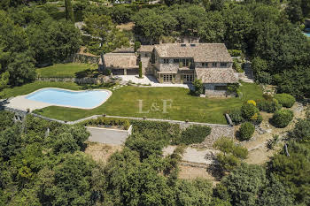 Villa 10 pièces 476 m2