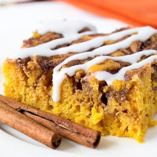 Amazing Pumpkin Cinnamon Roll Cake!