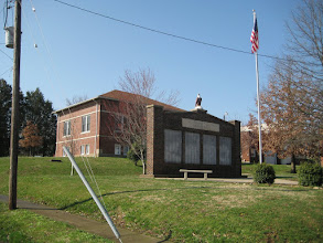 Photo: Veterans' Memorial on the Square