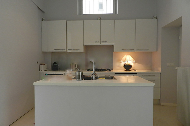 Full kitchen at 4 Bedroom Serviced Apartment, Luxembourg garde